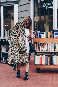 Tips When Wearing Animal Print. Styling Tips, Washington DC Fashion Blogger. Lola Pfaehler