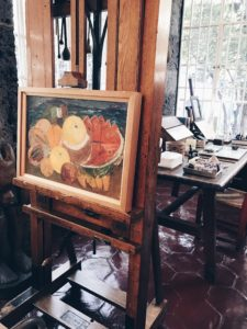 5 things you need to know before visiting Frida Kahlo's museum. Wardrobe. Coyoacan Mexico City